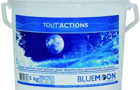 BLUE MOON CHLORE LENT MULTI ACTION 5KG - AQUALUX