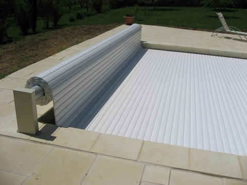 Volet roulant hors sol Sylver Roll - 12 x 6 m