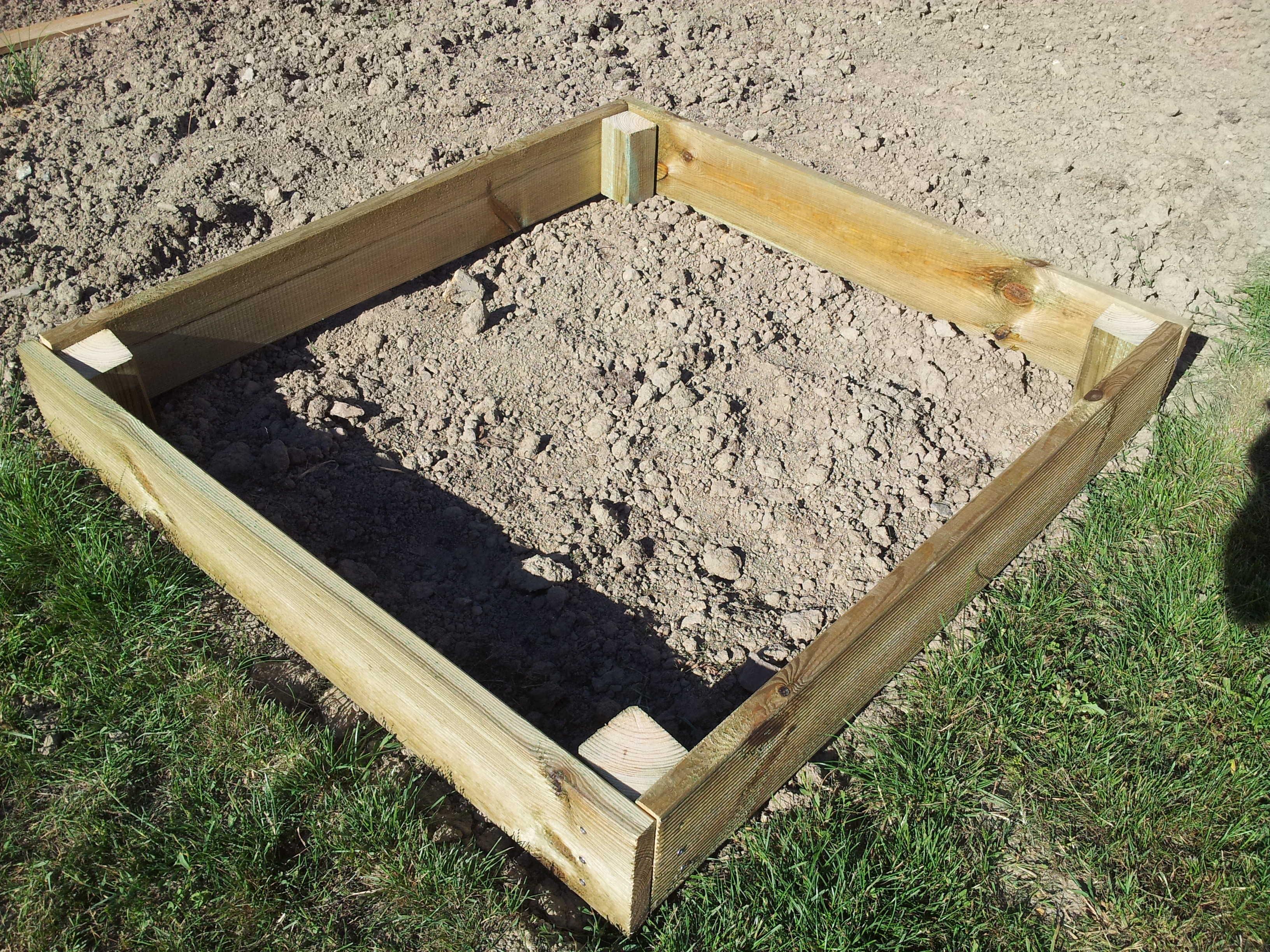 Construire Un Carré Potager réaliser un carré potager en lame de terrasse – jardin et maison